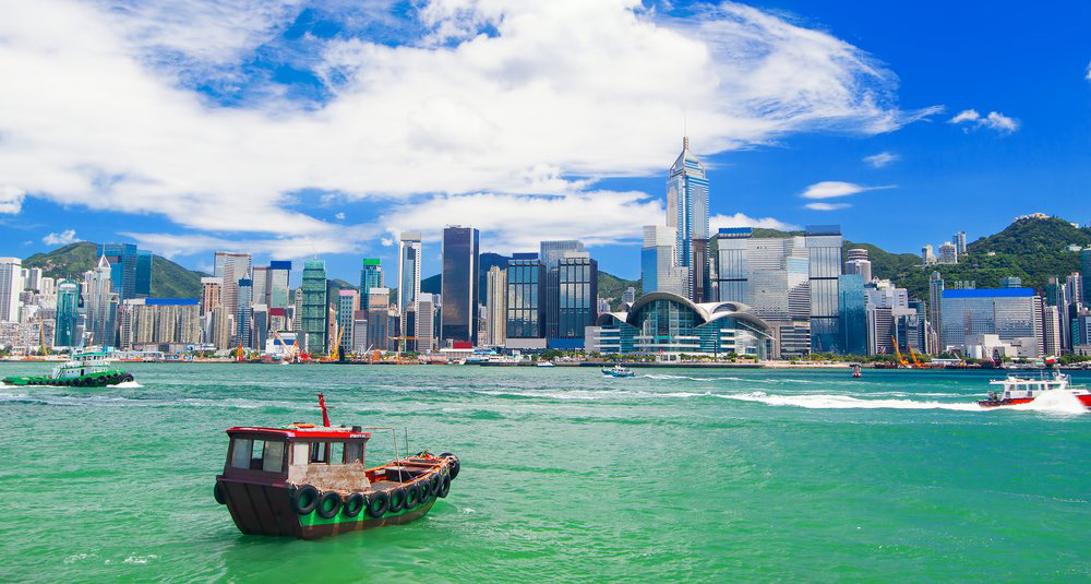 Hong Kong - The Most Happening Stopover Destination