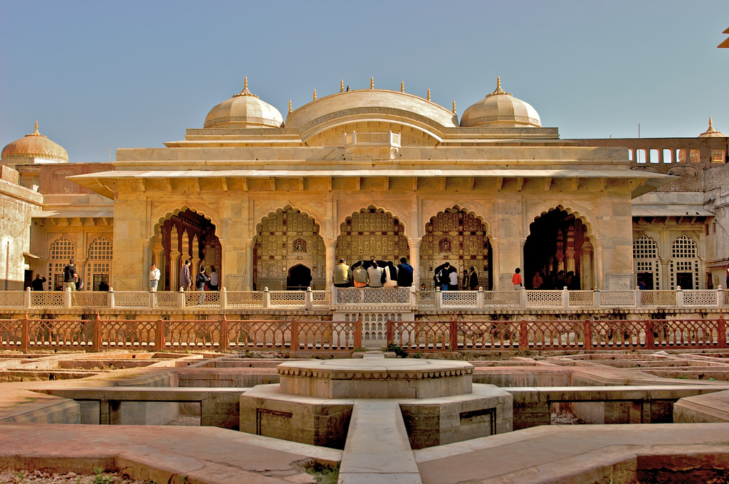 Land of Maharajas - 16 Days 15 Nights Tour